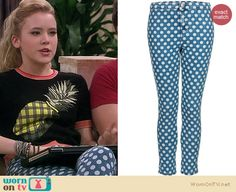 Lennox's pineapple top and blue polka dot jeans on Melissa and Joey. Outfit Details: http://wornontv.net/18008
