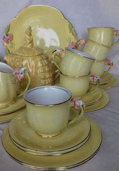 sadler ye daintee ladyee plus 21 pcs royal winton tiger lily tea set yellow pink
