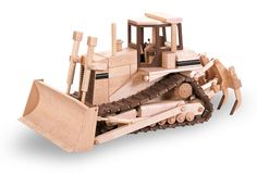 PATTERNS & KITS :: Construction :: 81 - The Hi Track Dozer -