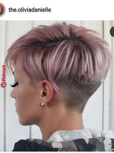 Today we have the most stylish 86 Cute Short Pixie Haircuts. We claim that you have never seen such elegant and eye-catching short hairstyles before. Pixie haircut, of course, offers a lot of options for the hair of the ladies'… Continue Reading → Latest Short Hairstyles, Short Pixie Haircuts, Cute Hairstyles For Short Hair, Short Hair Cuts For Women, Pixie Hairstyles, Natural Hairstyles, Undercut Short Hair, Curly Hairstyles, Natural Haircut Styles
