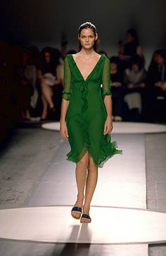 Alberta Ferretti | Spring 2000 Ready-to-Wear | 23 Green ruffled 3/4 sleeve midi dress