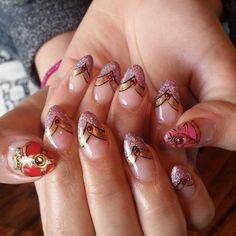 Chica Artista Nails