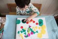 마니아 컬럼(육아) - 여성포털이지데이 Art For Kids, Kids Rugs, Home Decor, Homemade Home Decor, Art Kids, Kid Friendly Rugs, Decoration Home, Nursery Rugs, Interior Decorating