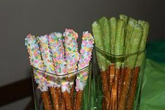 Sparkly pretzel wands for a Tinkerbell party