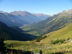 Vue sur la vallée de Termignon, sur le chemin du lac Blanc / Parc National de la Vanoise / Savoie