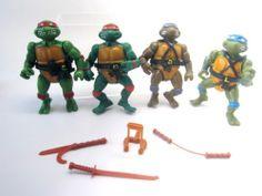 Teenage Mutant Ninja Turtles TMNT orig Playmates 1988 4p Set Leonardo Donatello Raphael Michaelangelo,Weapons at www.Connectibles.net