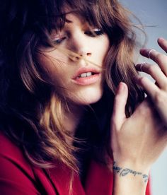 Quote bracelet tattoo idea by model Freja Beha Erichsen - Arm wrist placement - Calligraphy writing inspiration - #tattoo