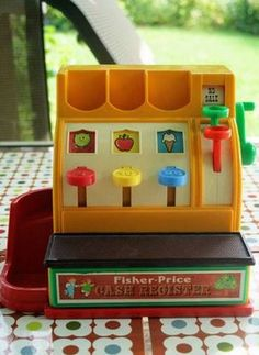 Loved pretending I had my own store. Nancy and Tracy had one of these with a couple of the plastic coins!!