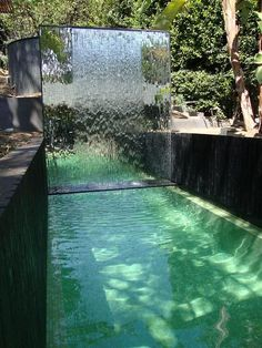 20+ Awesome Waterfall Ideas For Modern Swimming Pool