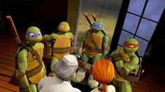 I love how Raph grabs Leo's shoulder. PIZZA!!!!! Also Donnie. His expression is adorable ^_^