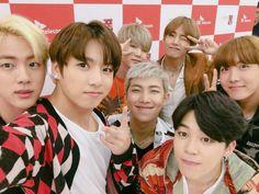 BTS #방탄소년단 | (@bts_bighit) (@SKtelecom) Twitter ♡