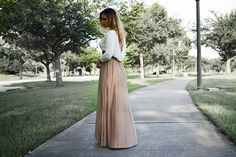RoseWholesale | Backless Maxi Dress - Leila D.