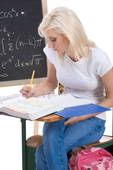 Going Back to College? 3 Tips for Balancing Family and Academics | The Healthy Moms Magazine