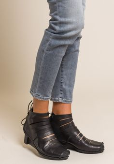 Fence Ankle Boot in Black