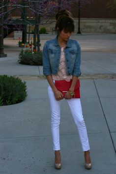 cute jean jacket with pink lace shirt white jeans and red clutch!