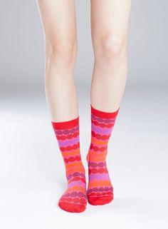 Matta-sukat (punainen, pinkki, lila) |Asusteet, Sukat ja sukkahousut, Laukut & asusteet | Marimekko