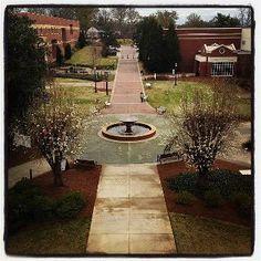 Milledgeville: Georgia College