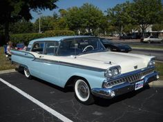 Learn How To sell your photos online easily And Make Profits. Vintage Cars, Antique Cars, Vintage Auto, American Dream Cars, Ford Ltd, Ford Classic Cars, Ford Fairlane, Us Cars, Car Ford