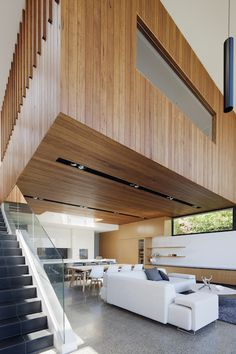 Vast spaces, timber & natural light define this Modernist home - The Interiors Addict #livingroom #timber
