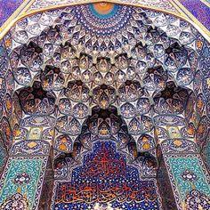 جامع السلطان قابوس، مسقط سلطنة عمان Sultan Qaboos Mosque, Muscat, Oman  تصوير @asdruebal  www.batuta.com