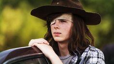 Ator fala dos rumores sobre a morte de Carl em The Walking Dead - EExpoNews