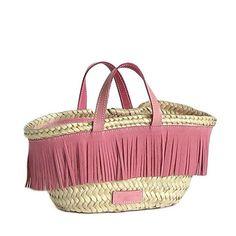 Bolso Ibiza Love hecho de palma tradicional, hecho a mano, con complementos de serraje en rosa. Ideal para ciudad y playa. http://www.asommerlife.com/ibiza_c74114/