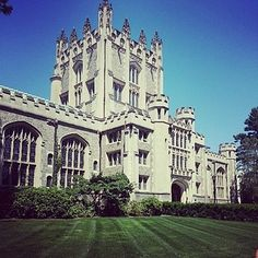 41 Scenic College Campuses That Were Made For Instagram