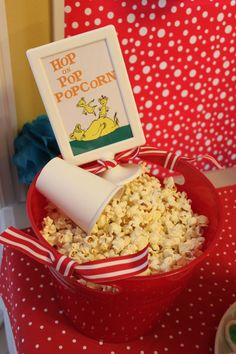 Best Picture For dr seuss snacks preschool For Your Taste You are looking for something, and it is going to tell you exactly what you are looking for, and you didn't find t Dr Seuss Party Ideas, Dr Seuss Birthday Party, Baby Shower Ideas Dr Seuss, 1st Birthday Parties, Birthday Ideas, Dr Seuss Snacks, Dr Seuss Activities, Dr. Suess, Dr Suess Baby