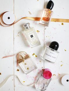 Beauty | Flat lay | Perfume | Essentials | More on Fashionchick.nl
