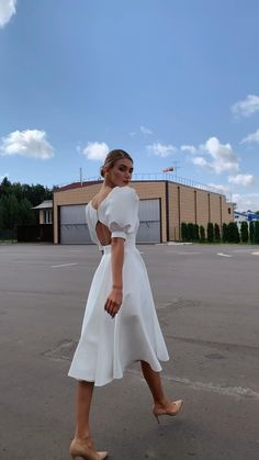 Elegant White Dress, Elegant Outfit, Classy Dress, White Formal Dresses, White Dress Casual, Elegant Dresses Classy, Cute White Dress, Mini Dress Formal, White Dress Summer