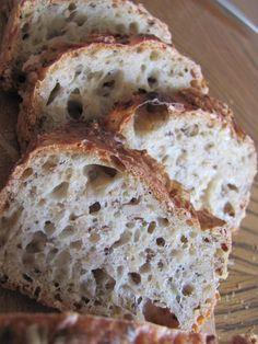 Celozrnný chleba   Pigymama Bread, Food, Brot, Essen, Baking, Meals, Breads, Buns, Yemek