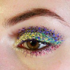 Love this Lisa Frank-esque eye makeup look