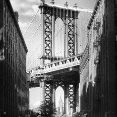 Dumbo - Little Town Shoes Dumbo Nyc, George Washington Bridge, Brooklyn Bridge, Places Ive Been, Travel, Usa, Shoes, Viajes, Zapatos