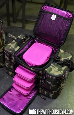WHOA! this is great for traveling! Warhouse Gym Exclusive 6 Pack Bag (Pink X Camo)