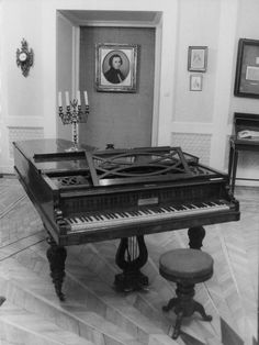 These pianos were first-hand witnesses to the composition of some of the most beautiful pieces in music history. Frederick Chopin, Piano History, Classical Piano Music, Grand Piano, Composers, Music Instruments, The Incredibles, The Originals, Musicians