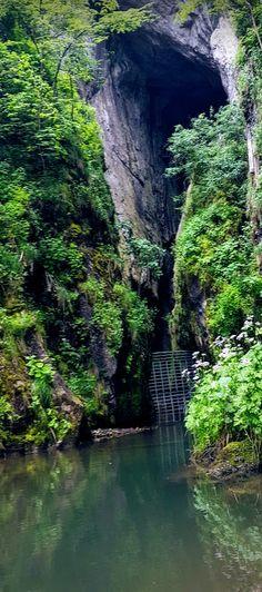Apuseni Mountains - the charming karst mountains of Romania Turism Romania, Drum, Sassy, Cave, To Go, Europe, Mountains, Pictures, Outdoor