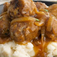 Beef Casserole Recipes, Crockpot Recipes, Cooking Recipes, Pizza Casserole, Pork Recipes, Recipies, Meatballs And Gravy, Meatballs And Pasta, Easy Chicken Dinner Recipes