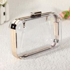 amazones gadgets A, Women Transparent Clutch Evening Chain Bag: Bid: 21,58€ Buynow Price 20,50€ Remaining 07 dias 01 hr This bag is special…