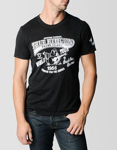 True Religions updated World Tour tee. A classic crew neck in black fits slim because all garments should be tailored to your frame....
