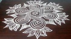 Simple Rangoli Border Designs, Rangoli Designs Latest, Rangoli Borders, Rangoli Designs Flower, Free Hand Rangoli Design, Small Rangoli Design, Rangoli Ideas, Rangoli Designs Diwali, Rangoli Designs With Dots