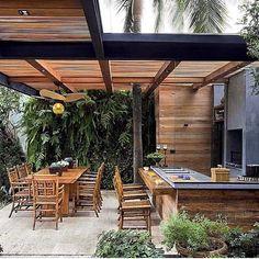 "198 Likes, 9 Comments - Eu Te Inspiro - Arquitetura (@euteinspiro) on Instagram: ""Belíssimo espaço gourmet para receber os amigos . #churrasco #churrasqueira #barbecue…"""