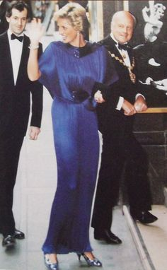 1987-07-07 Diana arrives at the London Coliseum for a Gala Performance of Romeo and Juliet, in aid of the Royal Society for Nature Conservation's British Wildlife Appeal and the London Festival Ballet Development Trust, to mark the European Year of the Environment