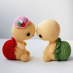 OMG! Sooo cute! :)   Amigurumi Pattern - Miss Turtle. $5.00, via Etsy. by Elise Du Toit
