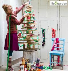 #Christmas Trends 2013-2014: Life & Garden Store  5 X-Mas Trends in Christmas Decoration and Christmas Lights: Driving Home for Christmas! Humor and Authentic Ornaments Christmas Home Decor! #LifeandGarden Alternative Christmas Tree!