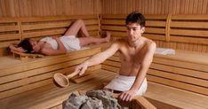 Comment bien utiliser un sauna, quelles sont les précautions à prendre, les températures à respecter, les bienfaits pour votre corps. Toutes nos explications.