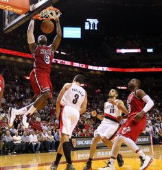 In Miami's 117 - 104 win over Portland at American Airlines Arena, James became the first player in NBA history to have six consecutive games of 30 or more points while shooting 60% or better.