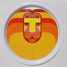 Simel Spain Lion Metal Tray Vintage Bold Bright by TntbrbefanDolls