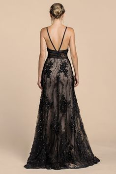 Long embellished lace and tulle a line evening dress Abiti Gala 5d5bd1640fa