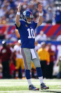 Eli Manning Photo - Washington Redskins v New York Giants