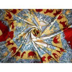 Salvator ferragamo, soie, écharpe, carré, ferragamo, vintage, foulard, silk,  scarf  foulards de luxe au prix le plus bas du web #luxe #vintage #secondhand #scarf